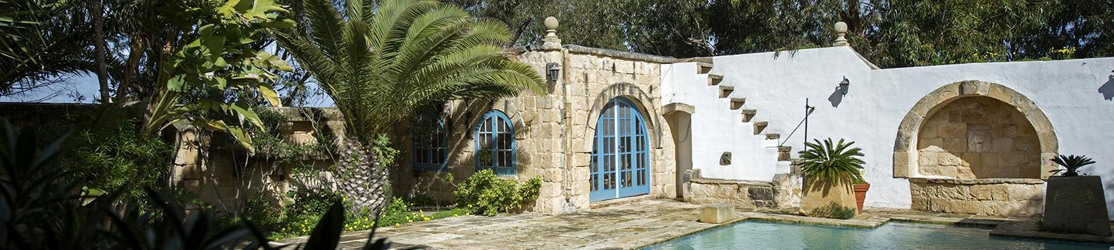 qrendi farmhouse 652919